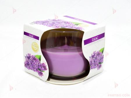 Ароматна свещ в стъклена чаша с декор/аромат люляк